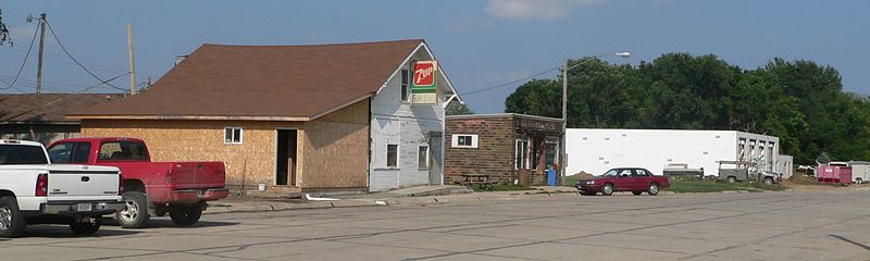 Fitxer:Martinsburg, Nebraska Main from Third 1.JPG