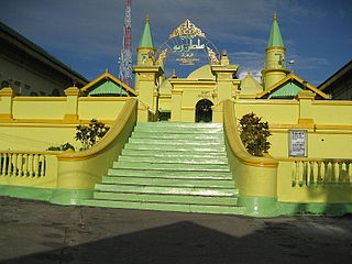 Grand Mosque of the Sultan of Riau Mosque in Indonesia