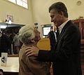 Mauricio Macri extiende el plan de wifi para bibliotecas públicas (7931395830).jpg