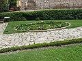 Medieval garden (Perugia) 38.jpg
