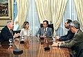 Menem reunido con el presidente de 3M International.jpg