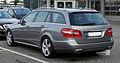 Mercedes-Benz E 350 CDI BlueEFFICIENCY T-Modell Avantgarde (S 212) – Heckansicht, 8. Juni 2011, Velbert.jpg