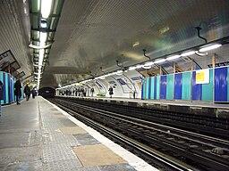 Metro Paris - Ligne 1 - Pont de Neuilly (10)