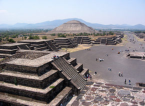 http://upload.wikimedia.org/wikipedia/commons/thumb/4/40/Mexico_SunMoonPyramid.jpg/290px-Mexico_SunMoonPyramid.jpg