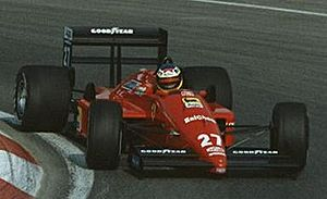 Ferrari F1/87 - Image: Michele Alboreto 1988 Canada