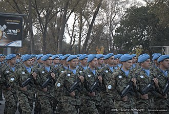 Belgrade Military Parade - Image: Military Parade Belgrade 2014 Serbian Soldiers with Russian Knights The Swifts (17084658717)