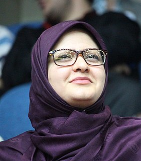 Minoo Khaleghi Iranian politician