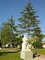 Monumento a D. Nuno Álvares Pereira - Rio Maior (Portugal) (2624862870).jpg