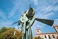Monumento parco tessile Busto.jpg