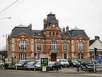 Mormant mairie.JPG