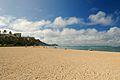 Morning in Waikiki Beach (5903369182).jpg