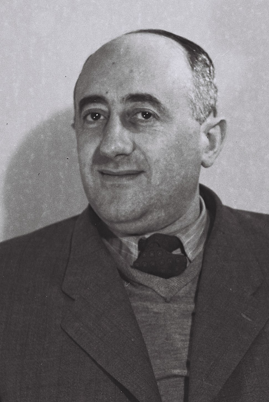 Moshe Kol