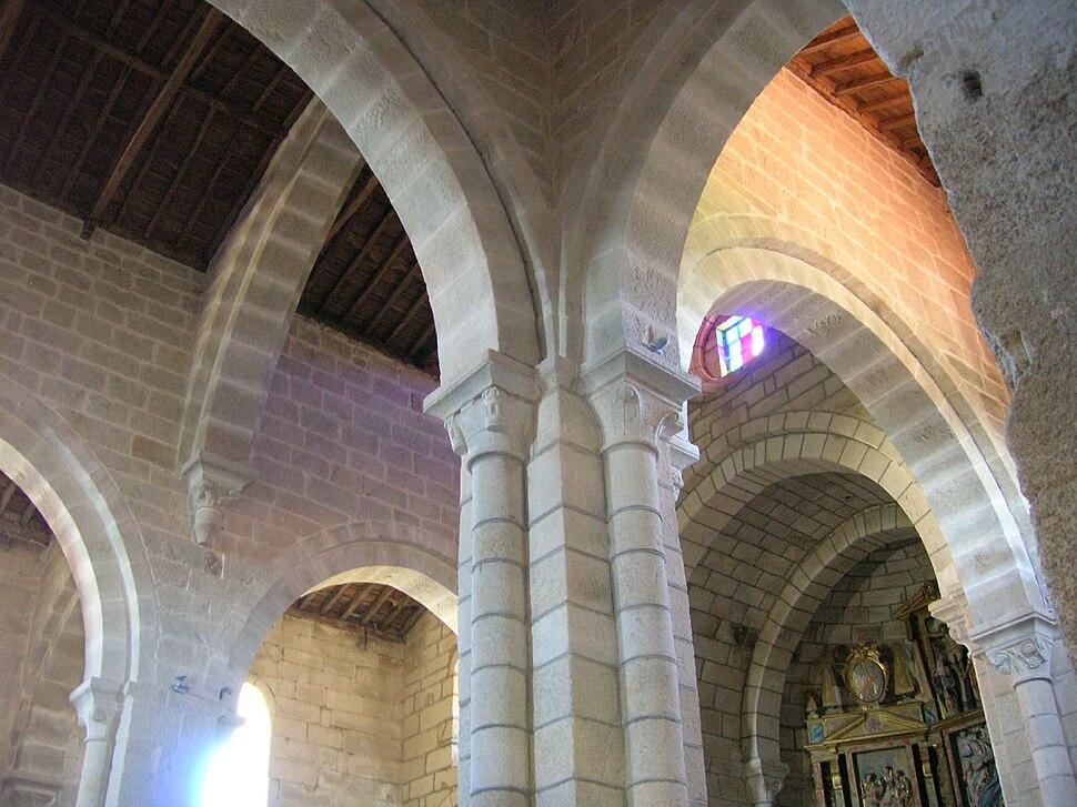 Mosteiro de Santa María de Xunqueira de Espadañedo 02