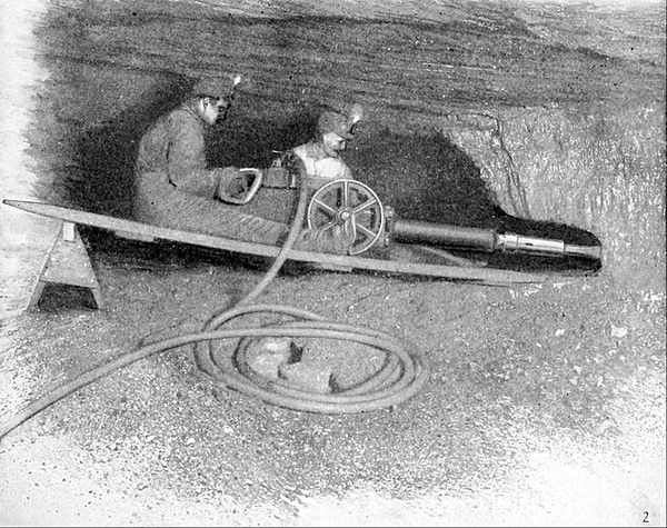 NIE 1905 Coal - coal mining with a machine pick.jpg