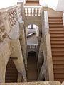 Narbonne (11) Palais des Archevêques Grand escalier 07.JPG