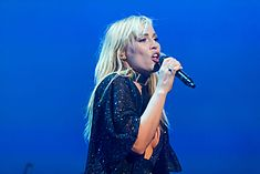 Natasha Bedingfield - 2016330204640 2016-11-25 Night of the Proms - Sven - 1D X - 0151 - DV3P2291 mod.jpg