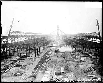 Navy Pier - During construction, 1915 (Chicago Daily News)