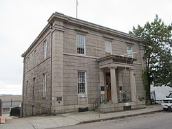 New London Customhouse, New London CT.jpg