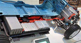 Electric vehicle battery - Nissan Leaf cutaway showing part of the battery in 2009