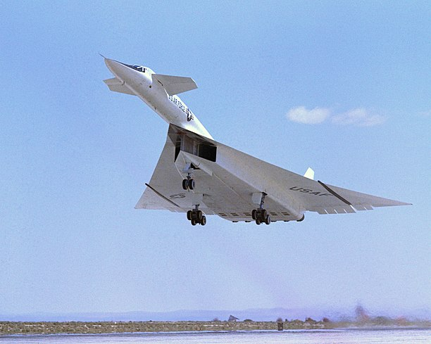 Mach 3 XB-70 at takeoff