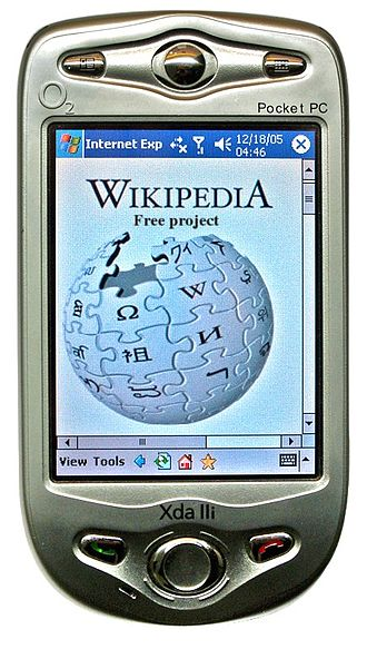 Pocket PC - O2 XDA lli showing Wikipedia from 2005