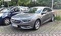 Opel Insignia B (20170625 191333).jpg