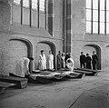 Opgebaarde slachtoffers en verzetsstrijders in de Grote Kerk van Deventer, Bestanddeelnr 900-2473.jpg