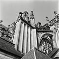Overzicht van luchtboog stoel aan de zuidzijde van het koor - 's-Hertogenbosch - 20425433 - RCE.jpg