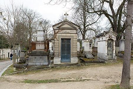 Père-Lachaise - Division 13 - Rond-point Casimir-Périer 18.jpg