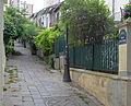 P1200537 Paris XIX villa de Bellevue rwk.jpg
