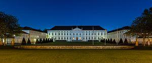 Bellevue Palace (Germany) - Image: Palacio Bellevue, Berlín, Alemania, 2016 04 21, DD 07 09 HDR