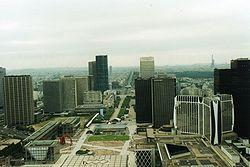 La Défense, o centro financeiro de Paris.
