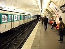 Paris metro - Corentin Celton - 2.JPG