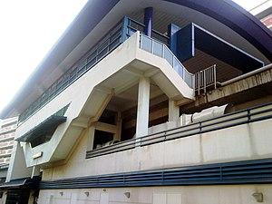Bukit Panjang LRT Line - Image: Phoenix LRT Exterior