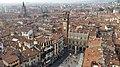 Piazza delle Erbe Verona 8.jpg