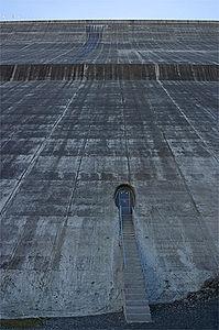 コンクリートダム's relation image