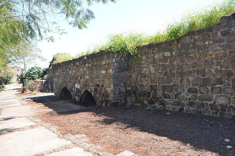 החומה הדרומית מצד פנים בטבריה