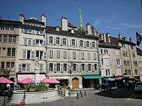 Place du Bourg-de-Four (2640156106).jpg