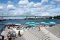 Plage de l'Horloge, pont Jacques-Cartier et beau ciel - panoramio.jpg