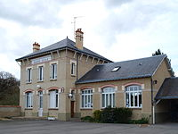 Plessis-Saint-Benoist-91-A05.JPG