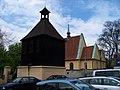 Pod Vyšehradem, kostel svatého Michala se zvonicí (01).jpg