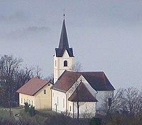 Pogled proti cerkvici Sv. Ana (cropped).JPG