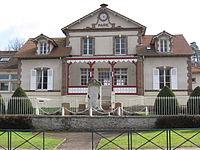 Poigny-la-Forêt mairie.jpg