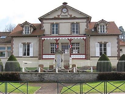 Comment aller à Poigny-La-Foret en transport en commun - A propos de cet endroit