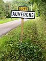 Poilly-sur-Tholon-FR-89-Auvergne-01.JPG