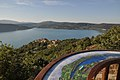 Point de vue sur Sainte-Croix et son lac.jpg