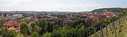 Praha Panorama from Hradčany 20170430 01.jpg