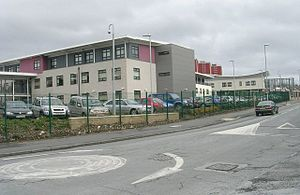 The Co-operative Academy of Leeds - Image: Primose High School Stoney Rock Lane geograph.org.uk 754482