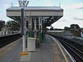 Putney Bridge stn through westbound look north2.JPG