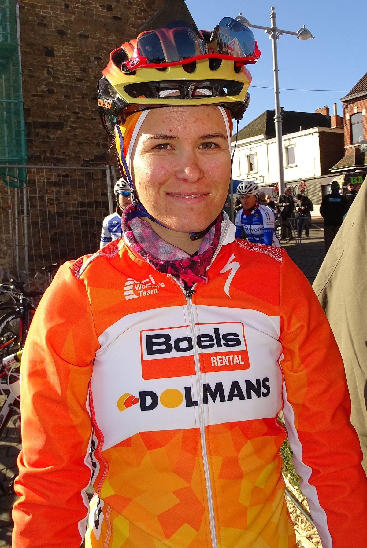 9ccdcb112 Karol-Ann Canuel - Wikipedia